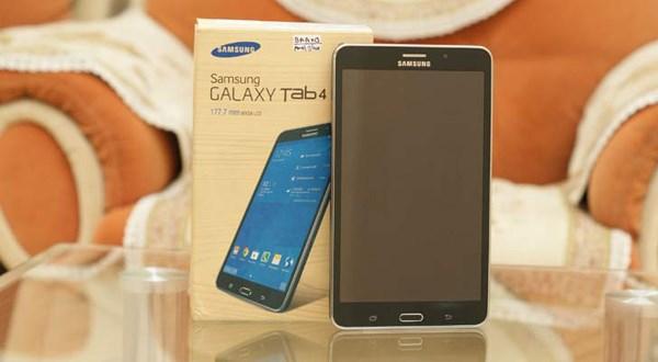 Máy tính bảng giá rẻ Samsung chạy Android đầy phong cách