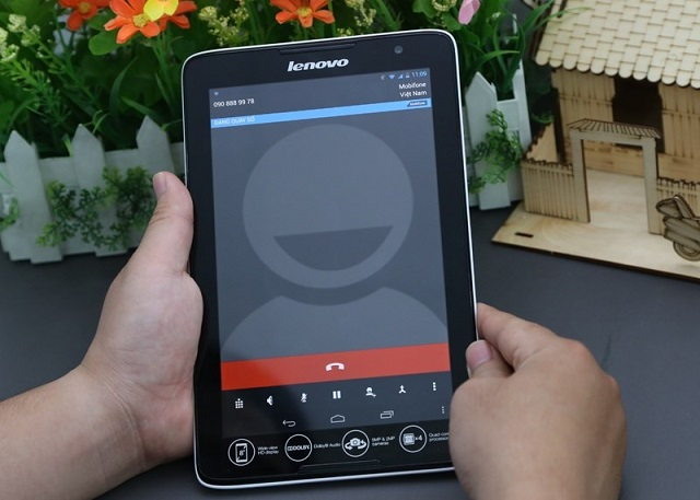 Lenovo A5500 là mẫu máy tính bảng 3G giá rẻ tốt nhất trên thị trường hiện nay