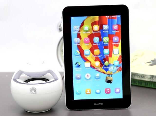 Máy tính bảng 3G giá rẻ của Huawei được trang bị 2 camera chất lượng tốt để chia sẻ trên các mạng xã hội