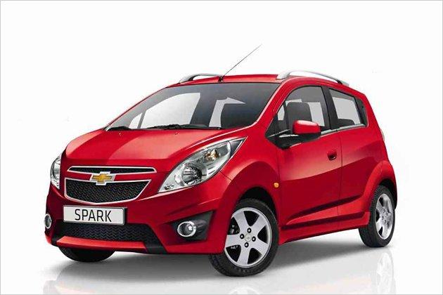 Hầu hết các danh sách chọn mua ô tô giá rẻ ở Việt Nam đều xuất hiện dòng xe Chevrolet Spark