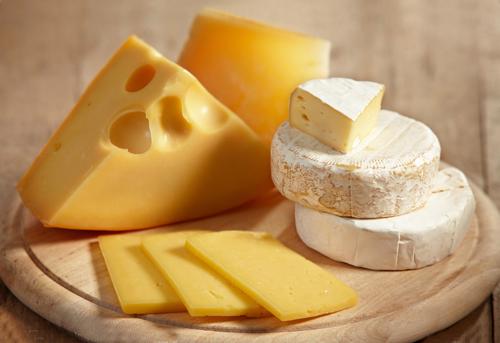 Nguyên nhân gây ra vụ ngộ độc thực phẩm nghiêm trọng lần này ở Mỹ được cho là do phô mai mềm nhiễm khuẩn Listeria