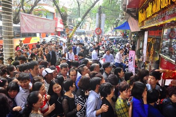 Ngày vía Thần Tài, tại sao người Việt Nam lại chọn mua vàng?