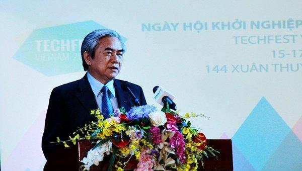 Bộ trưởng Nguyễn Quân phát biểu tại Ngày hội Khởi nghiệp và công nghệ Việt Nam 2015
