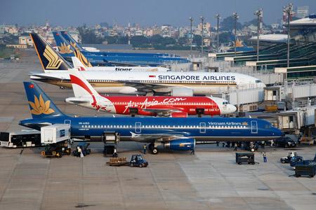 hơn 10 máy bay phải nằm ở bãi đỗ và khoảng hơn 10.000 khách hàng không được bay/ngày trong dịp nghỉ lễ 30/4