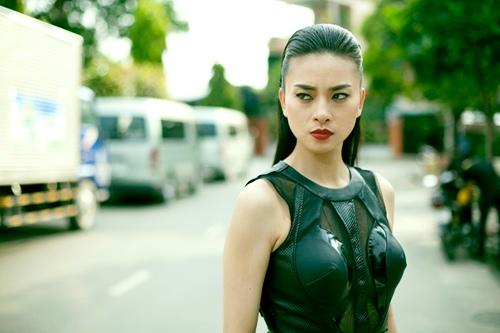 Ngô Thanh Vân xuất hiện với hình ảnh 'máu lạnh' trong phim Tết