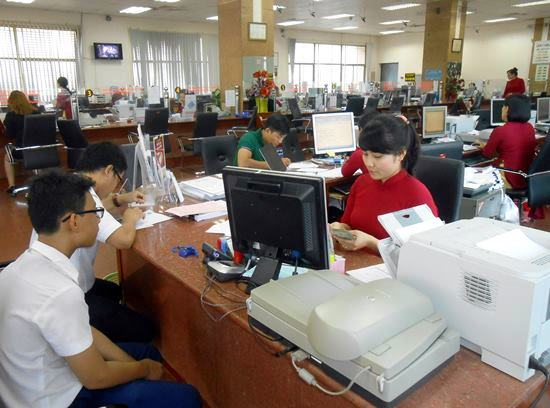 Agribank dừng tuyển dụng kiểu ưu tiên con nhân viên