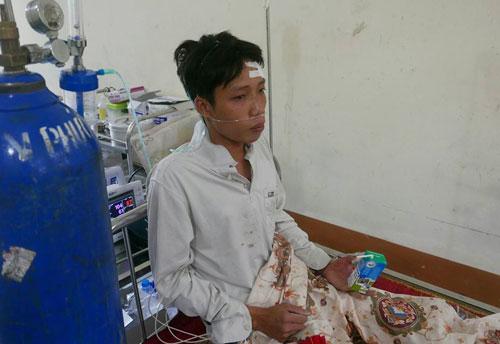 Sức khỏe ngư dân Nguyễn Văn Tuấn hiện đã ổn nhưng anh rất lo lắng cho những người còn lại