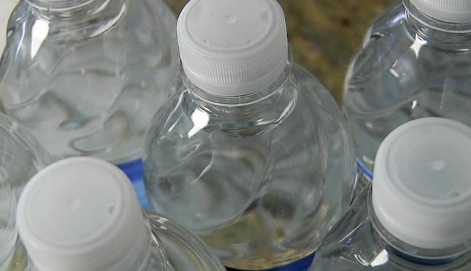 Nước uống đóng chai có thể gây ung thư