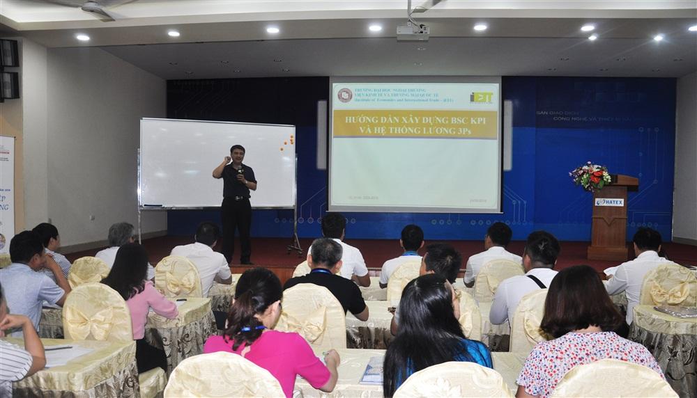 """Khóa tập huấn """"Áp dụng BSC - KPI và 3Ps để thúc đẩy năng suất lao động trong doanh nghiệp"""". Ảnh Hpstic"""