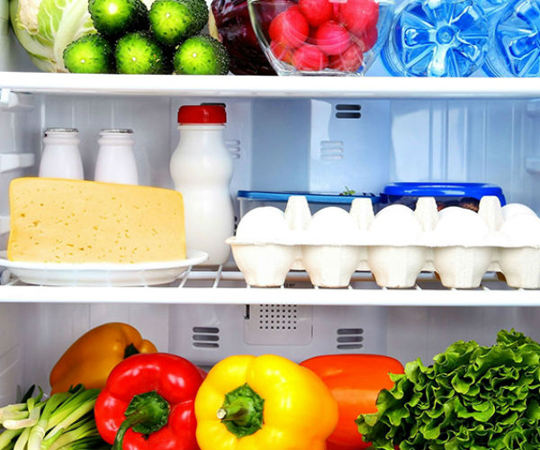 Không nên chất đầy đồ ăn vào tủ lạnh khi mới mua về