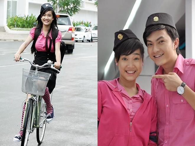 """Sinh năm 1990, Nhã Phương tham gia đóng phim từ năm 18 tuổi. Năm 2009, cô có vai diễn đầu tiên trong sự nghiệp với bộ phim """"Những thiên thần áo trắng"""", đóng cùng Midu và Miu Lê."""