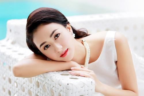 Nhan sắc 'vạn người mê' của các Hoa hậu, Á hậu tuổi Thân