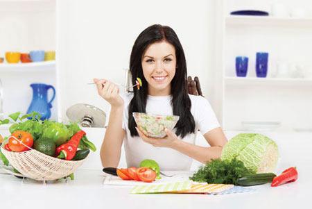 Bữa ăn ít cơm nhiều rau xanh là bí quyết làm đẹp giữ dáng rất hiệu quả của người Nhật