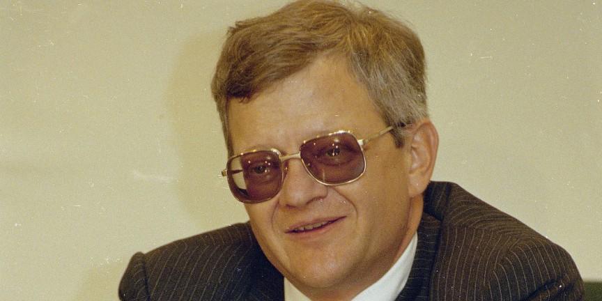 Tom Clancy đã để lại cho độc giả một sự nghiệp văn học đồ sộ.