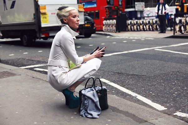 Nữ tỷ phú Daphne Guinness sở hữu những đôi giày thuộc hàng 'hiểm hóc' nhất thế giới