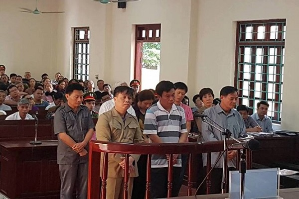 8 cựu quan chức TP Vĩnh Yên lĩnh án tù vì dự án 'ma'