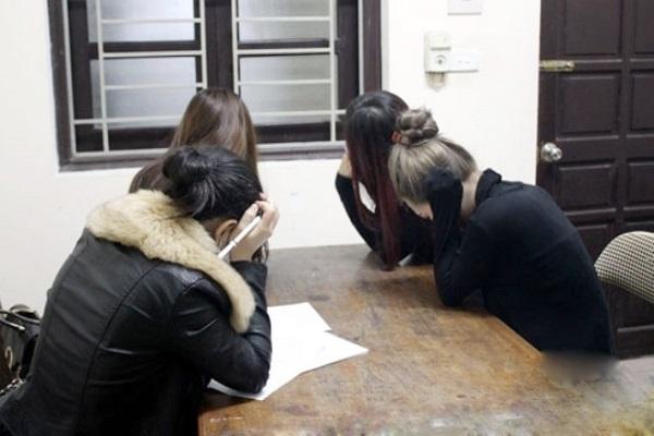 Triệt phá đường dây sinh viên bán dâm ở Cửa Lò