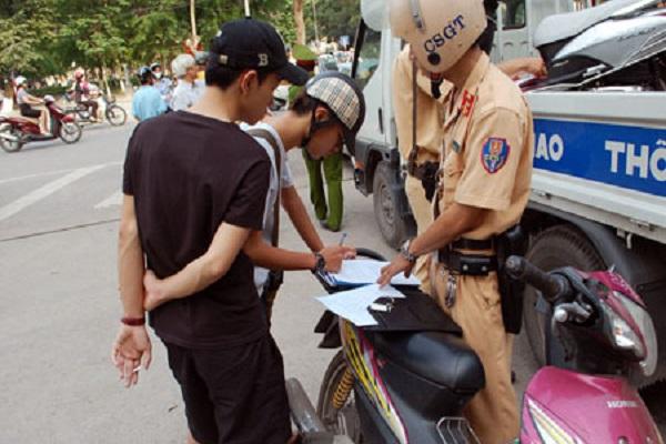 Những trường hợp vi phạm giao thông của xe máy có mức phạt thấp nhất
