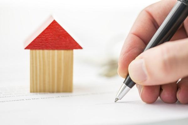 Hợp đồng thuê nhà theo quy định hiện hành