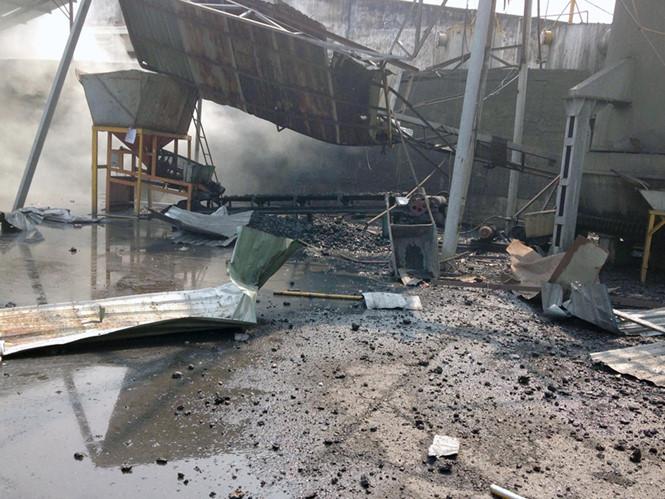 Bên trong hiện trường vụ nổ lò hơi Bình Dương khiến 2 công nhân thiệt mạng sáng 29/3