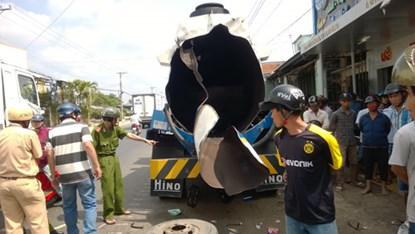Xe bồn bất ngờ phát nổ khiến hai người bị thương nặng