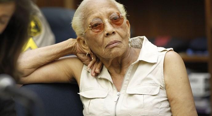 Nữ siêu trộm Doris Payne trong một phiên xử về nghi án trộm kim cương ở San Diego năm 2010