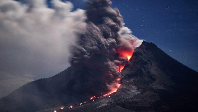 Núi lửa Sinabung trong lần phun trào dữ dội năm 2014