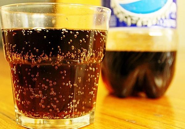 Nước uống có gaz gây ung thư