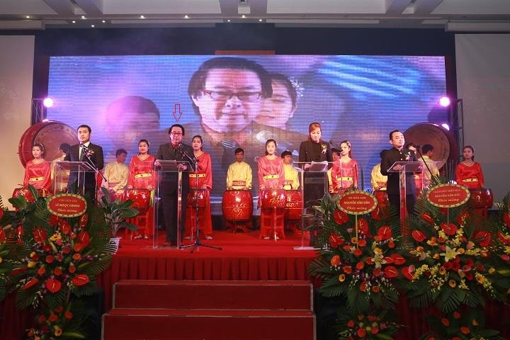 Ông Nguyễn Đức Lộc - Chủ tịch HĐQT - kiêm Tổng Giám đốc Công ty Nhượng quyền Thiên Lọc trong một phát biểu với cổ đông và nhân viên công ty