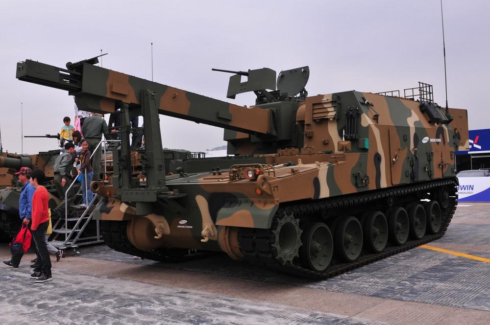 Pháo tự hành K9 Thunder (Thần Sầm) được đánh giá là con át chủ bài của quân đội Hàn Quốc
