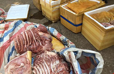 Số thịt thối không rõ nguồn gốc bị cơ quan chức năng thu giữ ở Đắk Lắk