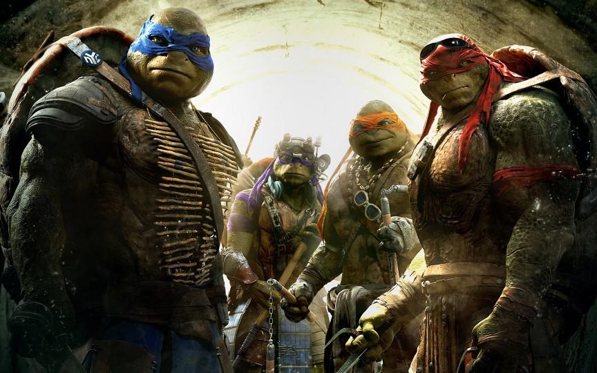 Các Ninja Rùa trong phim bom tấn Hollywood 'Teenage Mutant Ninja Turtles' cao 2,5 mét nhưng lại dễ dàng chui qua cống bé
