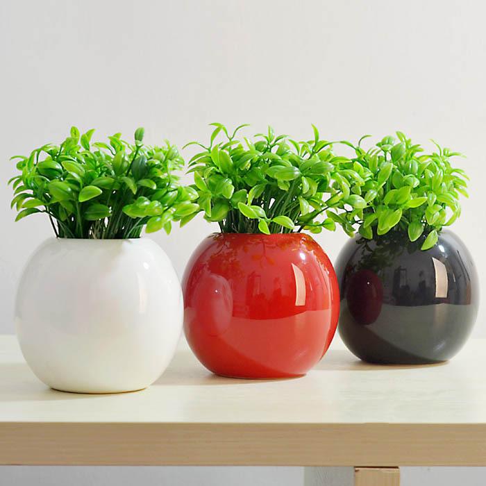 Cách bố trí bình hoa trong phòng khách có ảnh hưởng lớn về mặt phong thủy