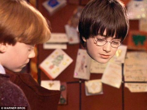 Áo tàng hình của Harry Potter được hiện thực hóa