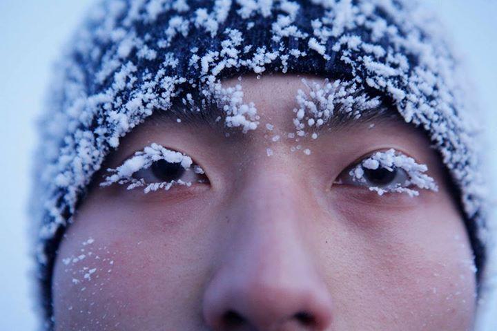 Hình ảnh những giọt mồ hôi trong quá trình tập luyện bị đóng băng trên mặt mỗi người lính gây ấn tượng mạnh với mọi người