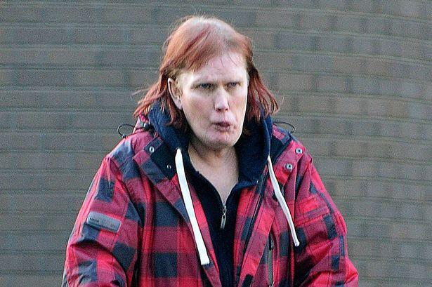 Cô Dawn Love bị bắt vì lưu giữ những hình ảnh quan hệ tình dục giữa người và ngựa. Ảnh Mirror