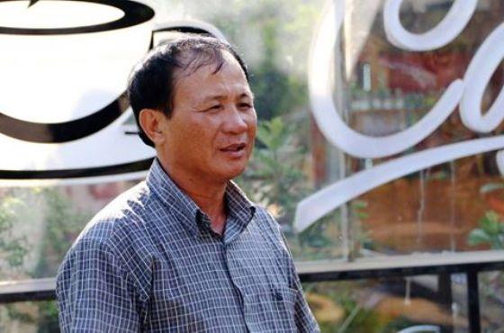 ông Nguyễn Văn Tấn (50 tuổi, ngụ tại quận Bình Tân) là chủ quán cà phê Xin Chào,
