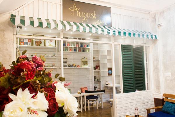 những quán cafe đẹp nhất Hà Nội
