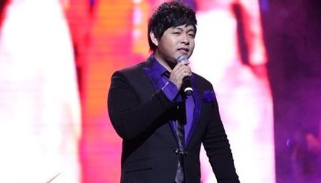 Quang Lê tạm rời showbiz Việt sau hàng loạt scandal