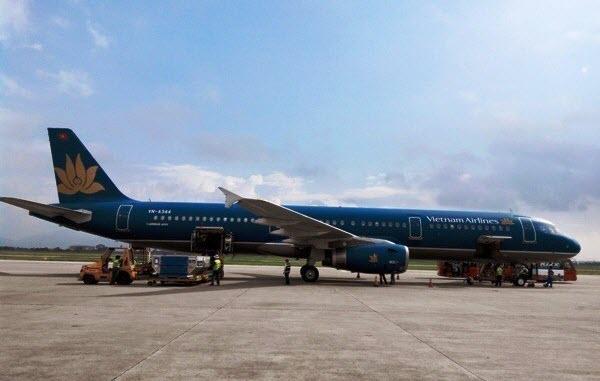 Đường bay vàng, tư lệnh ngành Giao thông, Cục Hàng không Việt Nam, Vietnam Airlines