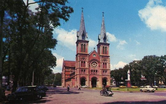 Nhà thờ Đức Bà là công trình mang tính biểu tượng của Sài Gòn
