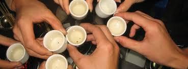Tác hại của rượu bai trong những lần tụ tập uống quá chén rất nhiều