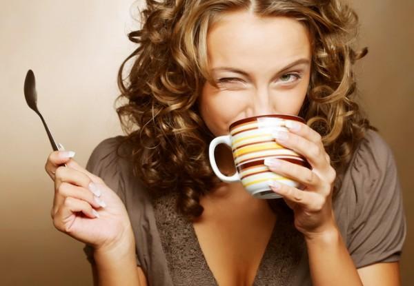 Uống cafe vào sáng hôm sau là quan niệm sai lầm trong ăn uống