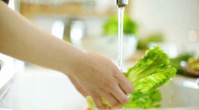 Sai lầm trong ăn uống rau sống có thể đem đến hiểm họa đối với sức khỏe con người