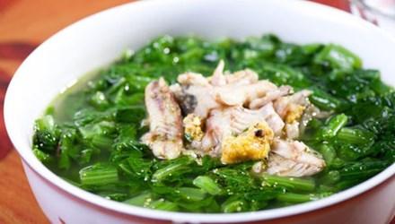 Rửa sạch, ăn rau chín là cách tránh sai lầm trong ăn uống gây bệnh nguy hiểm do sán trong rau gây ra