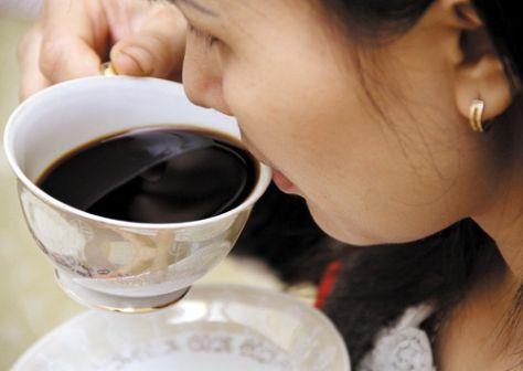 Uống nhiều cà phê là sai lầm trong ăn uống ảnh hưởng đến hệ thống tin mạch