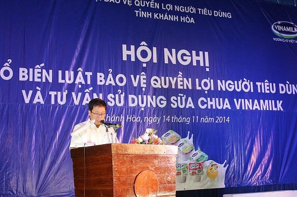 Ông Nguyễn Ngọc Thành – Giám Đốc Kinh doanh Miền Trung II chia sẻ với người tiêu dùng các thông tin về công ty