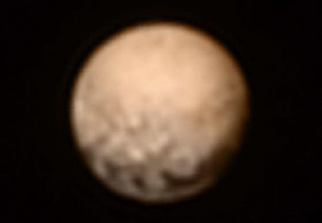 Hình chụp về Sao Diêm Vương được gửi về trước đây