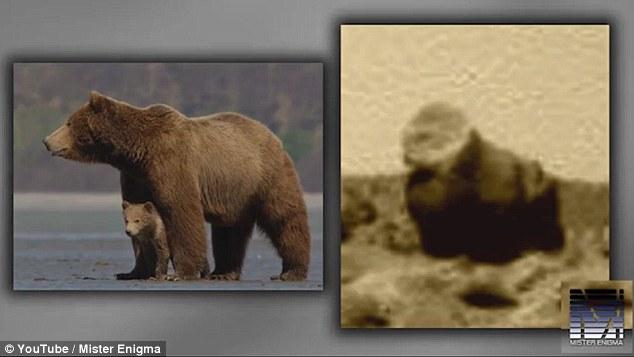 Hai khối đá cũng được cho là giống cặp gấu mẹ con