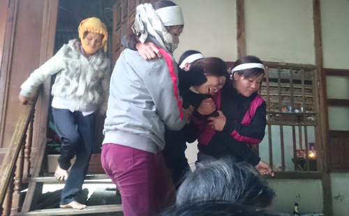 Sập mỏ đá ở Thanh Hóa: Tiếng khóc 'xé lòng' của những người ở lại